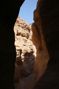 Canyon peek-through
