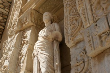ephesus library detail