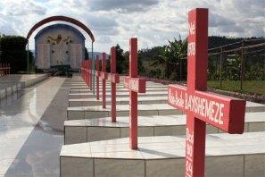 brothers monument burundi 2
